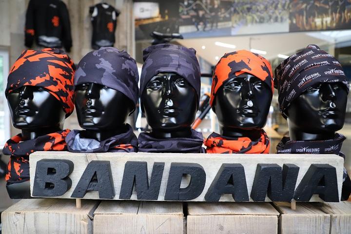 Bandana000